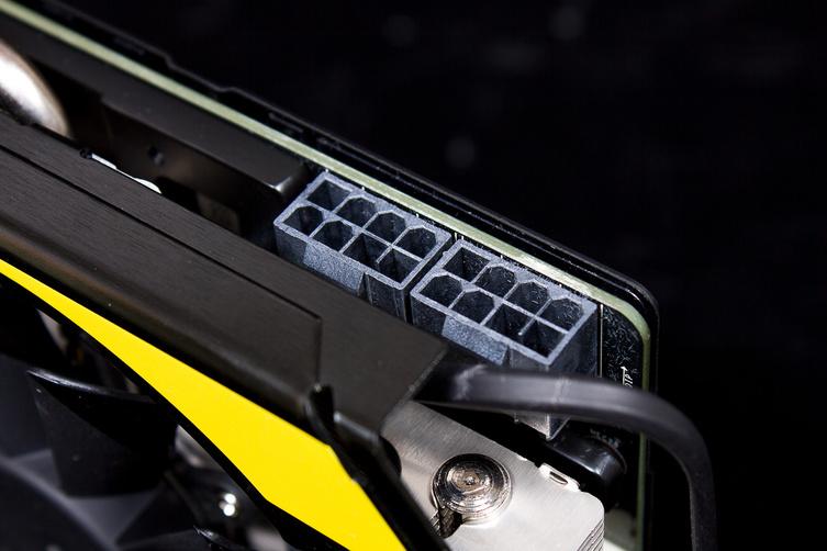 MSI-GeForce-GTX-770-Lightning-3