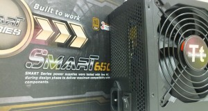 [overview lançamento] Fonte Thermaltake Smart Series: 650w