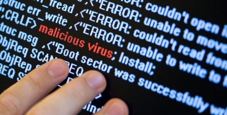 Ameaças são distribuídas no Imgur, site gratuito para hospedagem de imagens e mais de 08 mil dados já foram roubados.