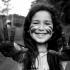 """Realizada pela Plan International Brasil, a mostra """"Por Ser Menina"""" retrata a realidade de meninas da América Latina."""