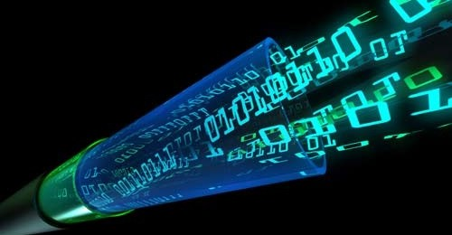 """(Novo sistema de fibras compartilhadas padrão  GPON torna economicamente viável a oferta de serviços """"ricos"""", como TV sob demanda, Internet das Coisas e tráfego multiprocessado para áreas de baixa densidade de residências ou empresas)"""
