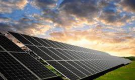Imagem campo painéis solares enegia limpa