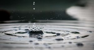 Imagem água estudo comportamento da água