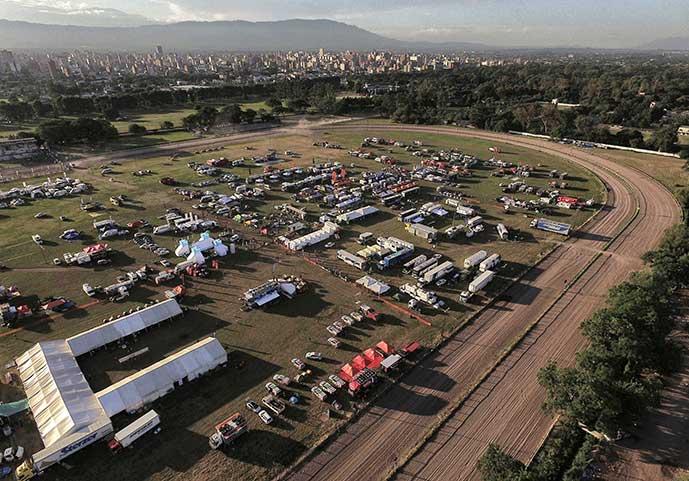 Imagem Iveco e New Holland província de Chaco Argentina