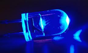 1 lâmpada de led azul