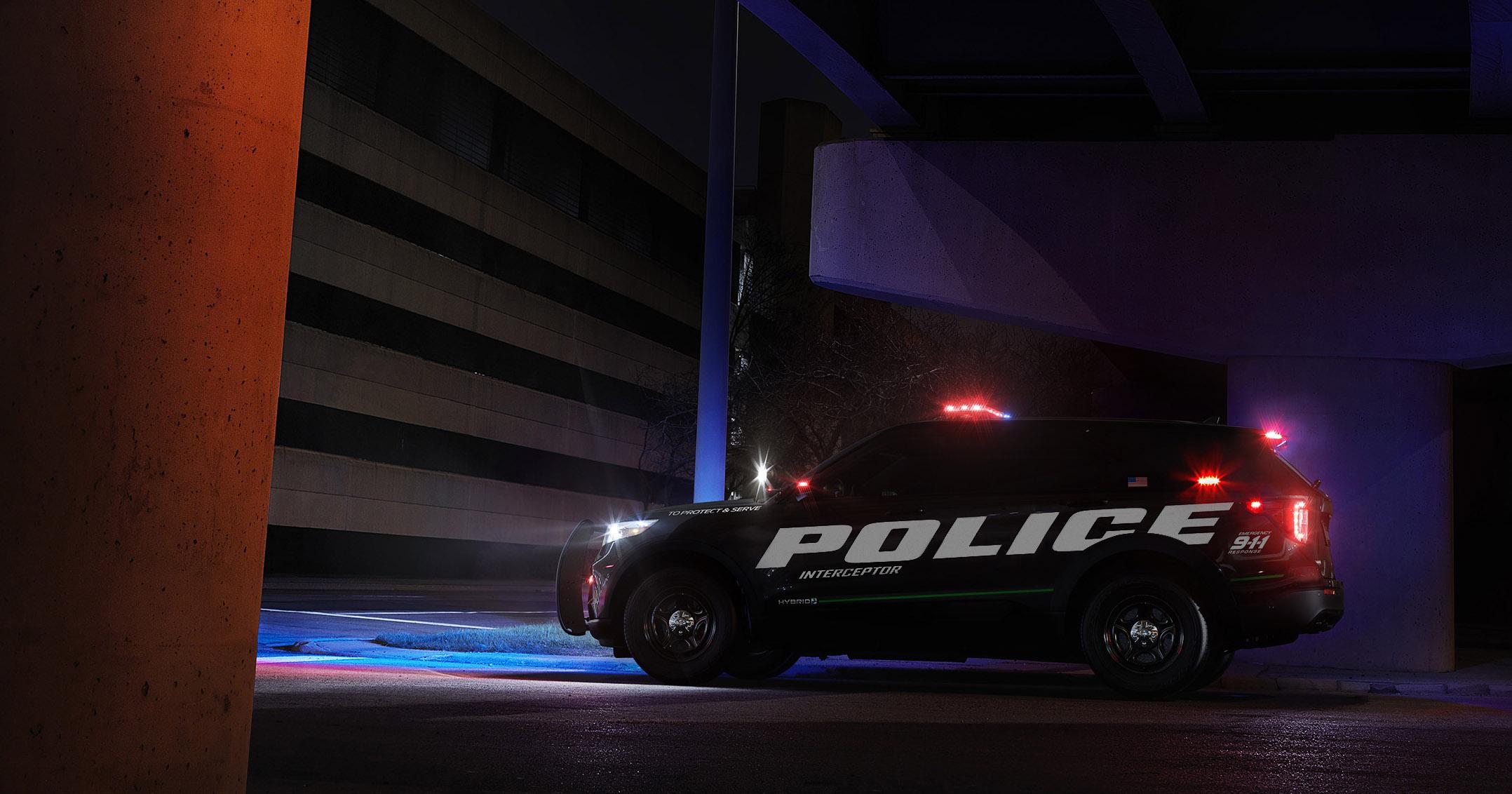 Ford Interceptor SUV híbrido para a polícia