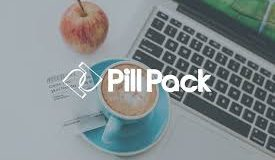 Banner PillPack 1 maçã, 1 chícara de chá diante de um PC