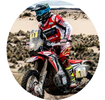 Moto no Rally esportes radicais
