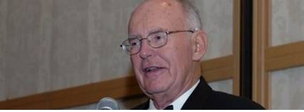 Sr. Gordon Moore da Intel