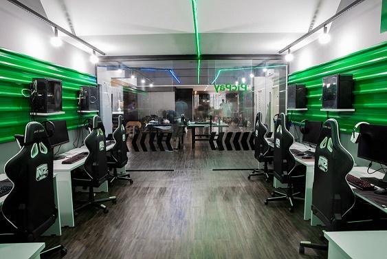 Sala ambiente de jogos gaming house da INTZ