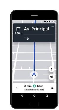 smartphone com app Uber