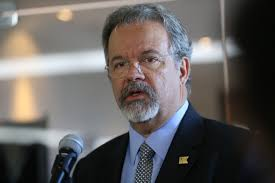 Ministro Raul Jugmann