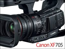 A câmera Canon XF705