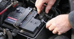 Checando a bateria do carro