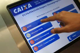 Tablet com programa da Caixa crédito consignado