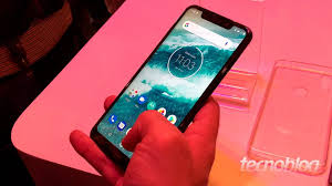 Samrtphone motorola one