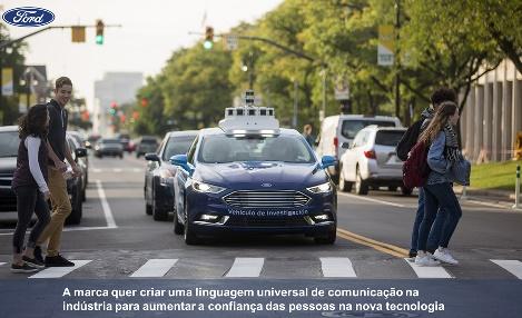 Veículo ford autônomo com códigos  de sinais
