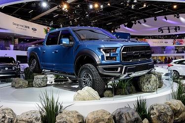 Ford Raptor no salão do automóvel