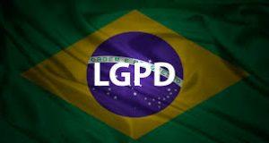 Bandeira do Brasil e 10 duvidas a serem esclarecidas sobre a LGPD