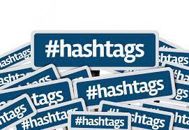 Placas com palavra hashtags