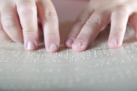 Texto em Braile para pessoas cegas