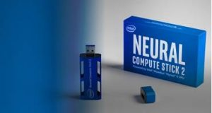Caixa com a tecnologia Intel Neural