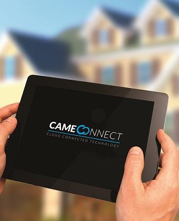 Tablet com app de segurança para portões