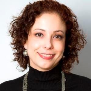Cintia Leitão de Souza especialista
