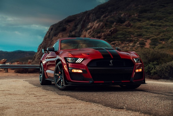 Lateral do Ford Mustang Shelby GT500