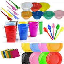 Artigos plásticos para festas