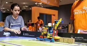 Aluno de robótica colégio Marista