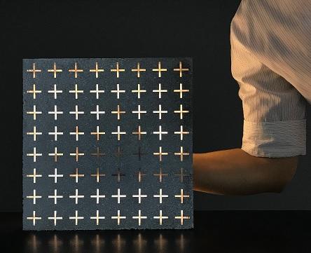 Passagem de luz no concreto translúcido
