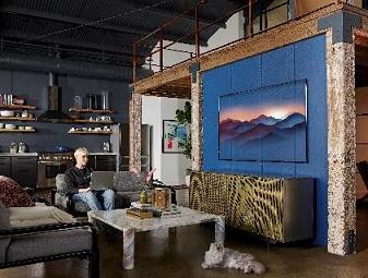 QLED TVs   na parede