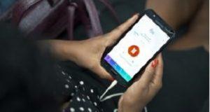 Smartphone com o app audiobooks