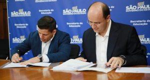 Assinatura contrato de gamificação