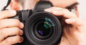 fotógrafo tirando fotos