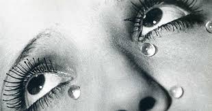 lágrimas obra do fotógrafo Man Ray