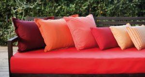 Poltrona e almofadas com tecnologia AquaClean