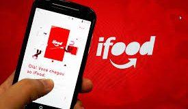 Smartphone com app IFood