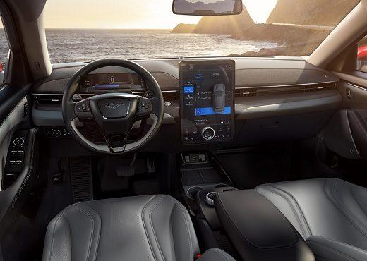Interior Mustang Mach-E elétrico