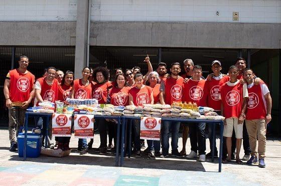 Voluntários das ONGs criam natal sem fome