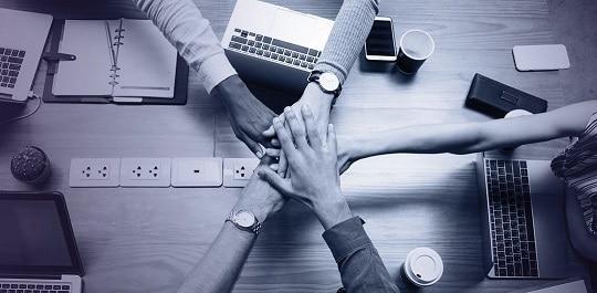 Mãos AARB assinatura eletrônica
